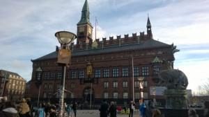 Rådhuspladsen, la place de la mairie