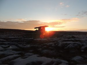 Poulnabrone dolmen sunrise coucher de soleil