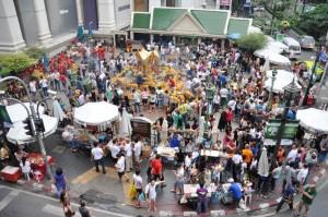 Erawan - Scène du quotidien près des shopping mall