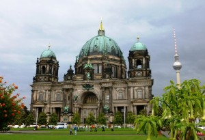 La cathédrale de Berlin et la Fernsehturm