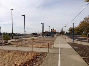 La voie ferrée près de la gare de Roseville